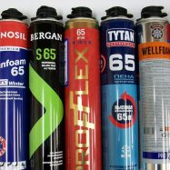 Существует обширный рынок различных марок монтажного герметика