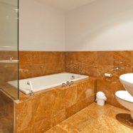Красивая ванная комната – украшение любой квартиры