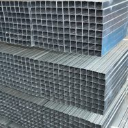 Для каркаса перегородок из ГКЛ применяются рейки из оцинкованной стали