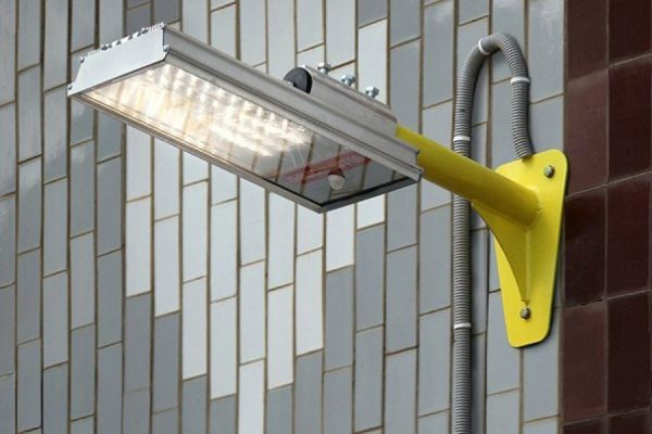 Уличный светильник