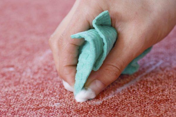 Удаление пены с ткани