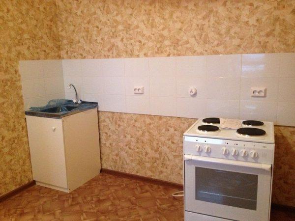 Какие положительные качества есть у линолеума для стен и его основные свойства