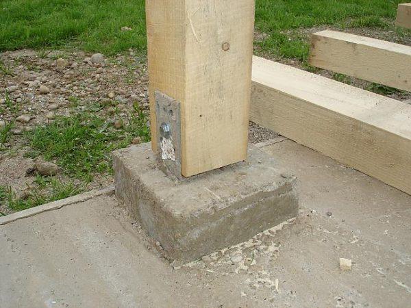 Крепление к бетону