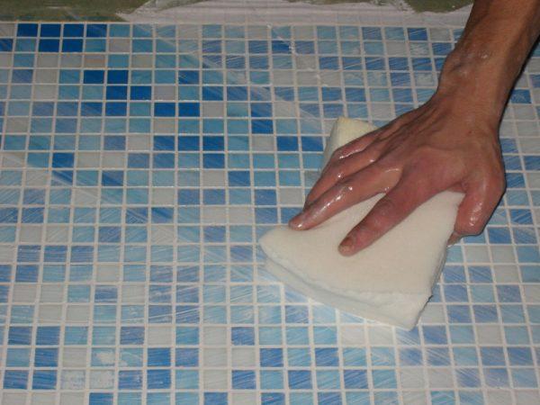 Мытье мозаики