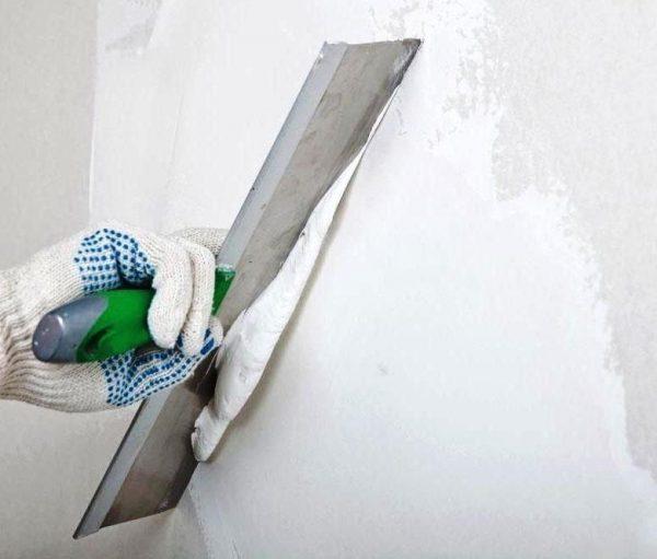 Шпатлевание стены своими руками