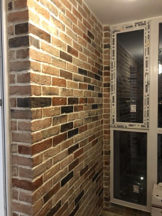 Клинкер на стене