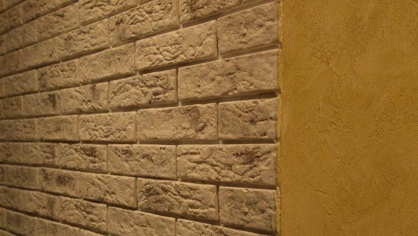 Состаренная стена
