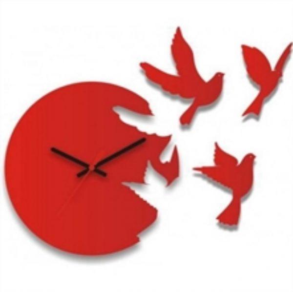 Часы-голуби